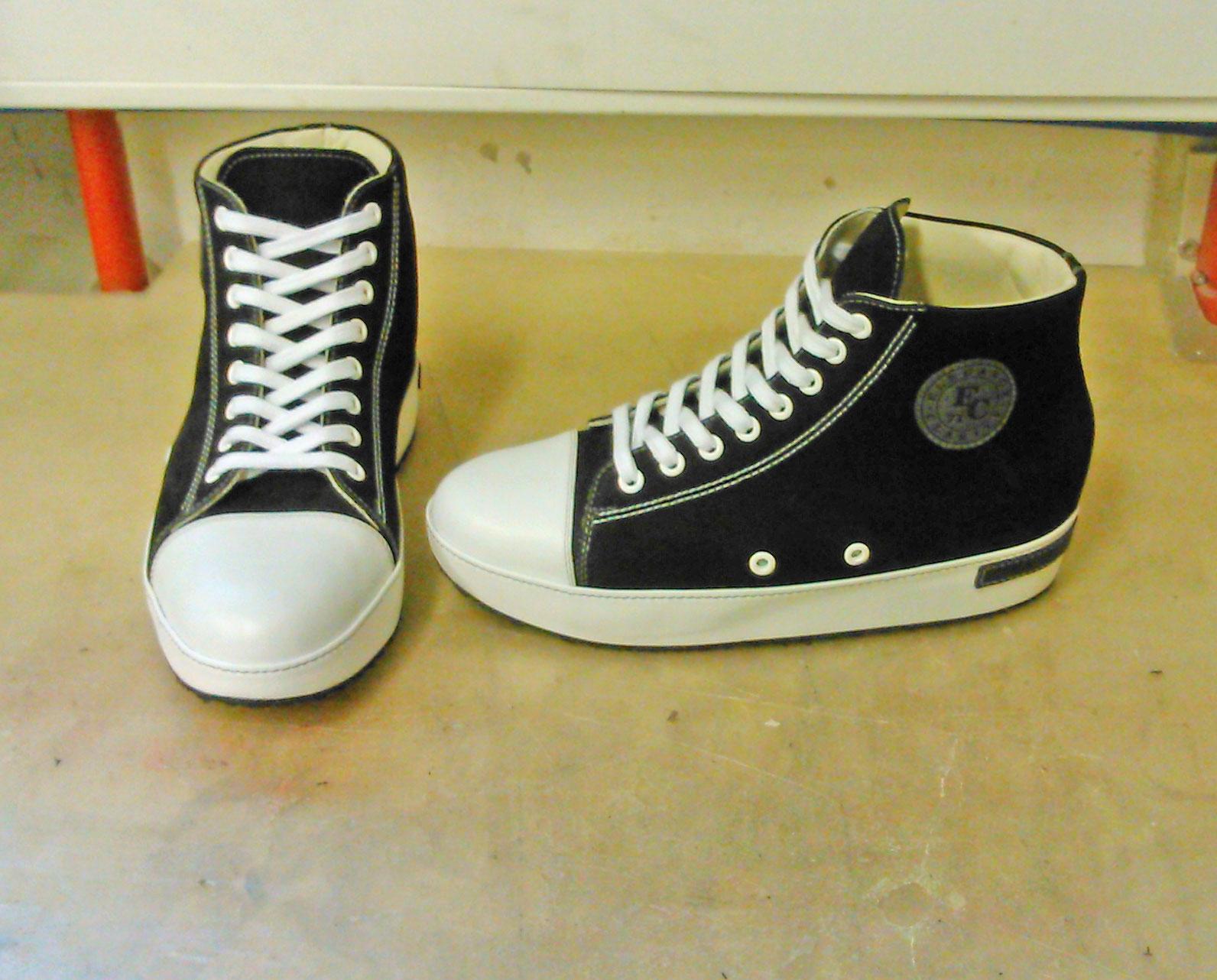 64ff4e2ddd268d Orthopädische Einlagen und Schuhe